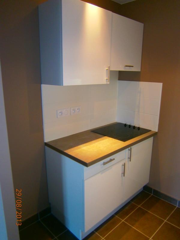 mobilier de cuisine pour r sidences locatives fabricant de mobilier sur mesure pour r sidence. Black Bedroom Furniture Sets. Home Design Ideas